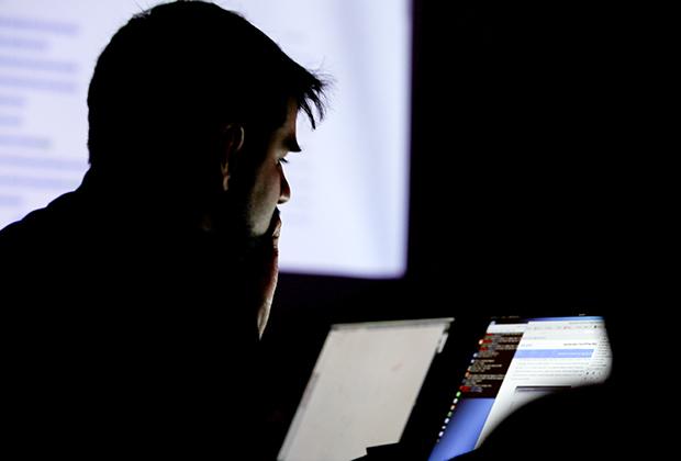Киберпреступники признают, что хорошо зарабатывают, но все равно недовольны условиями труда