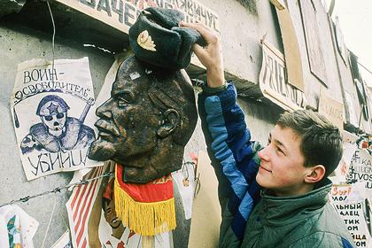 «Я со своей земли не уйду!» 30 лет назад Прибалтика стала независимой. Как распад СССР изменил жизнь русского населения?