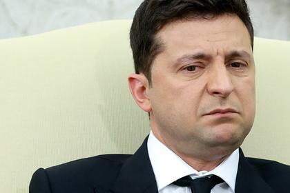 Зеленского обвинили в разграблении Украины