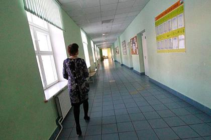 В российском регионе 100 школьных классов ушли на карантин