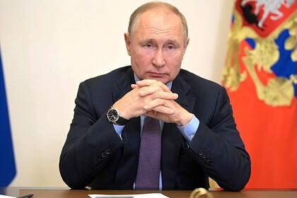 Путин сравнил с бегством поспешный вывод войск США из Афганистана