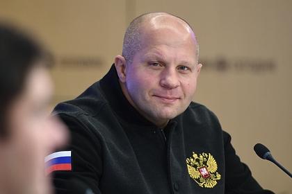 Федор Емельяненко отреагировал на критику ринг-герлз Нурмагомедовым