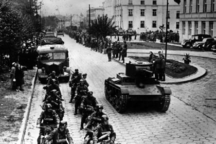 МИД России назвал вторжение Красной армии в Польшу «освободительным походом»