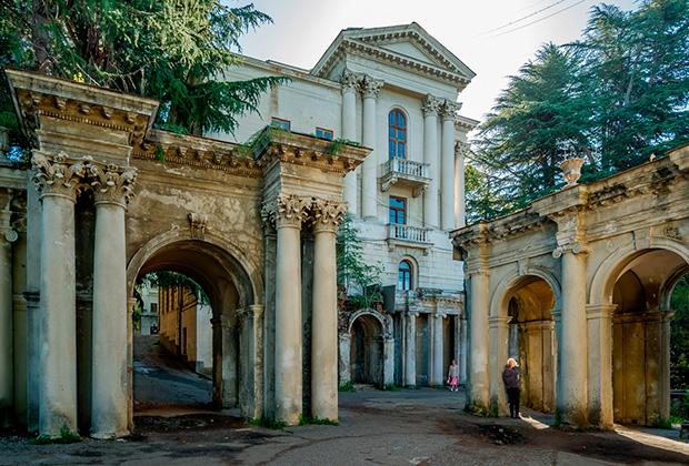 Санаторий имени Орджоникидзе в Сочи