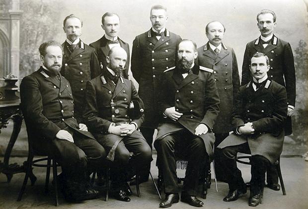Столыпин в должности гродненского губернатора с сослуживцами и ближайшими подчиненными, 1903 год