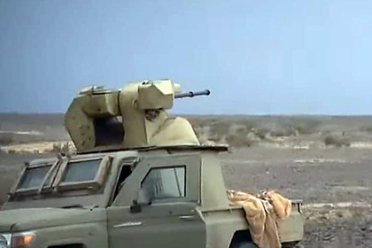 В Йемене пикап Toyota вооружили башней от БТР-80А