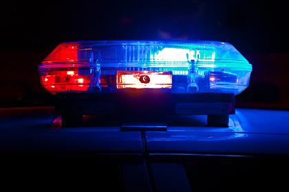 Мужчина несколько часов посидел с племянником и вызвал полицию