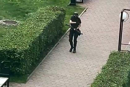 Камеры сняли момент выхода напавшего на вуз в Перми из дома