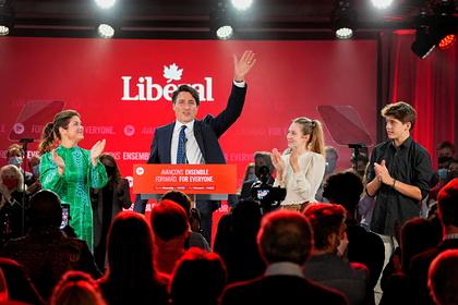 Партия премьера Канады выиграла выборы без получения большинства