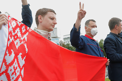 Почти треть белорусов выступили за сохранение нейтралитета во внешней политике