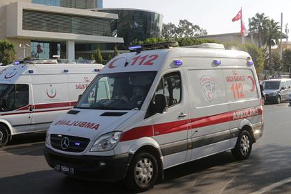 Россиянка вышла на прогулку с друзьями в Турции и внезапно умерла