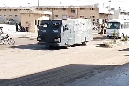 В Сирии заметили самодельный броневик с бойницами