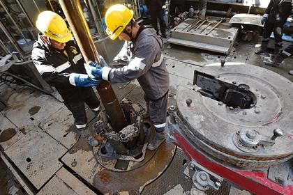 Добыча нефти в России достигнет постсоветского максимума