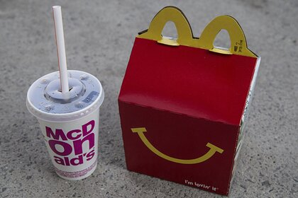 «Макдоналдс» решил стать чище за счет детей