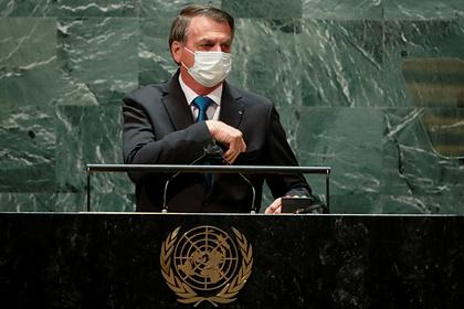 Второй сопровождавший президента Бразилии в ООН человек заразился коронавирусом