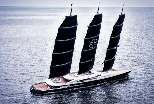 Яхта «Черная жемчужина» Олега Бурлакова стоимостью около 250 миллионов долларов