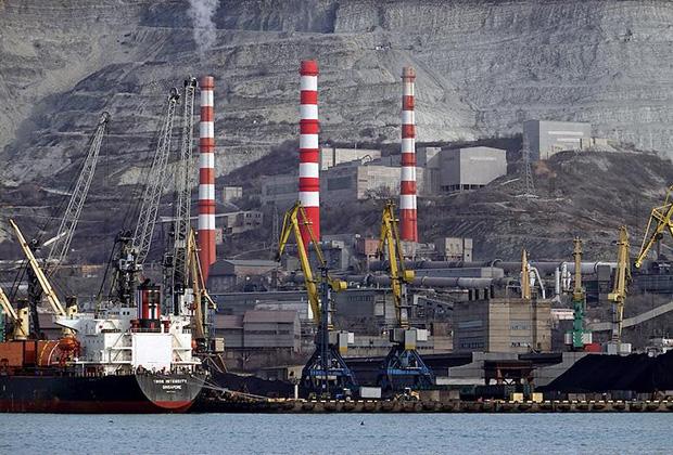 Новороссийский морской торговый порт. Цементный завод ОАО «Новоросцемент»