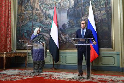 Россия пообещала списать долг Судана