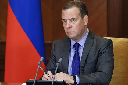 Заболевший Медведев увидится с Путиным на самоизоляции