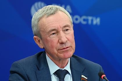 В Совфеде прокомментировали введение конгрессом США санкций против 35 россиян