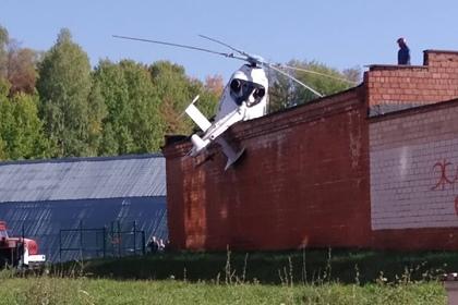 Российский санитарный вертолет жестко приземлился на территории больницы