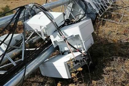 Жители села испугались «излучения» от 5G и снесли вышку сотовой свзи
