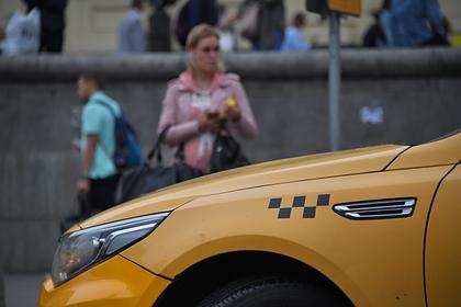 В России задумали увольнять не знающих дорог к достопримечательностям таксистов