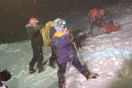 Двух пострадавших при восхождении на Эльбрус выписали из больницы
