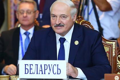 Лукашенко обсудил с Путиным размещение войск НАТО на Украине