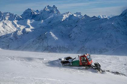 После смерти пяти альпинистов на Эльбрусе задержан организатор восхождения