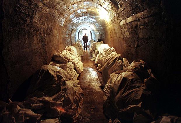 Тела жертв, найденные в Сребренице