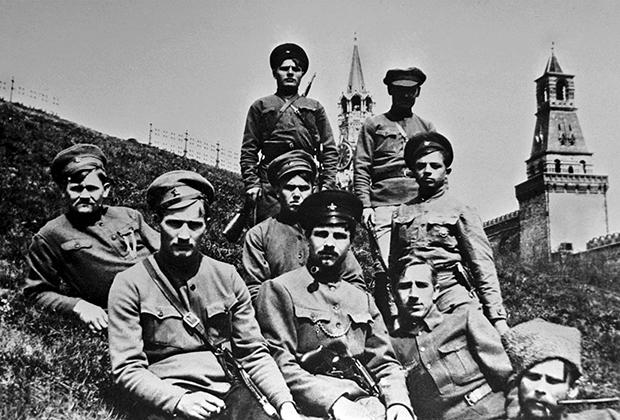 Латышские красные стрелки в Кремле, 1918 год