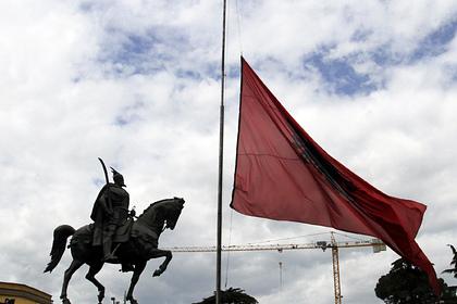 Четырех россиян нашли мертвыми в сауне отеля в Албании
