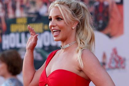 Бритни Спирс отпраздновала Рождество в октябре и захотела уехать из США