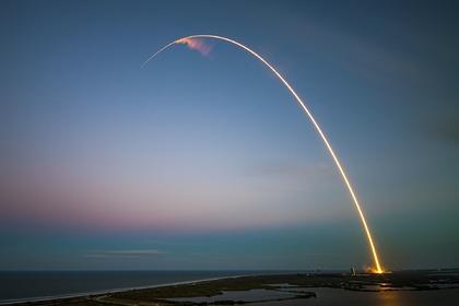 США решили запустить неизвестную военную ракету над Тихим океаном