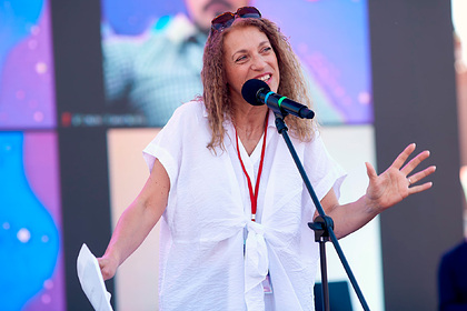 Театр в Кемерово отменил концерт поэтессы из-за ее статуса иноагента