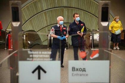 В Москве усилили контроль за ношением масок в транспорте