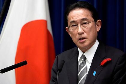 Премьер-министр Японии прервал рабочую поездку из-за запуска ракет КНДР