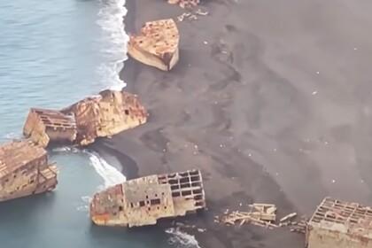 В Японии после землетрясения всплыли затопленные
