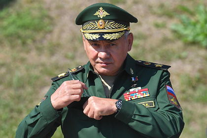 Шойгу заявил об активной модернизации ядерного оружия США в Европе