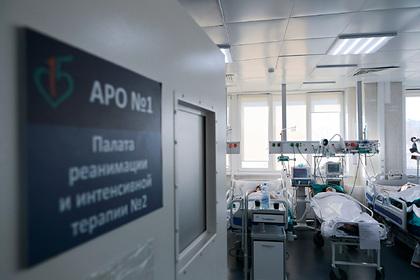 Российский вирусолог развеял миф о возможности передачи легкого течения COVID-19