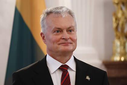 Президент Литвы измерил демократию в километрах