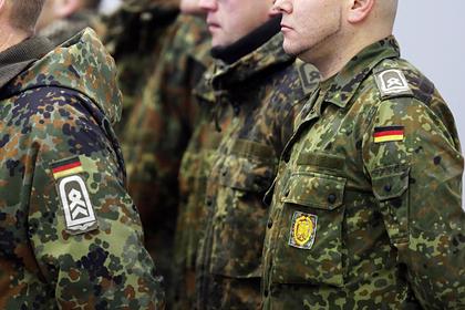 Немецкие солдаты планировали уйти в наемники к арабам и попались полиции