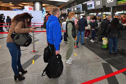 Россияне бросились искать авиабилеты после объявления нерабочих дней