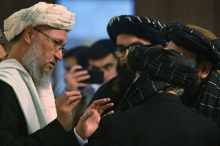 Представитель движения «Талибан» (террористическая организация, запрещенная на территории РФ) Абдул Салам Ханафи после переговоров по Афганистану