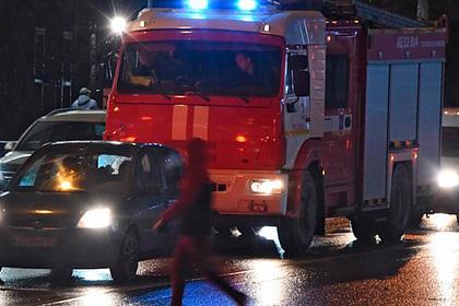При пожаре в цехе российского завода погибли пять человек