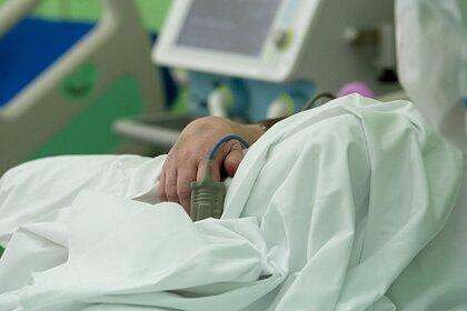 В России выявлен новый суточный рекорд смертей пациентов с коронавирусом