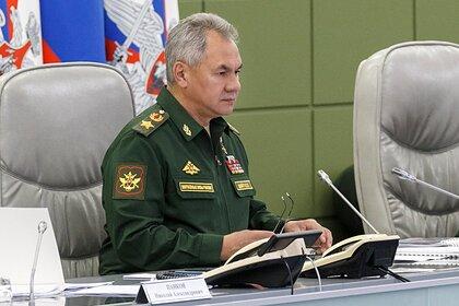 Шойгу заявил о стягивании сил НАТО к границам России