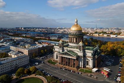 В Петербурге ужесточат меры против коронавируса