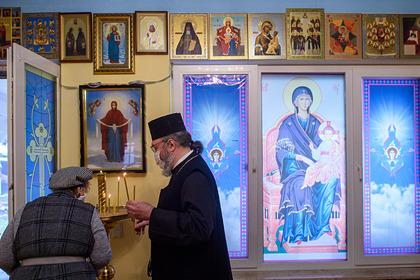 В РПЦ отказались от обязательной вакцинации для священников
